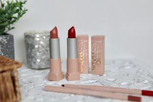 Gigi Hadid Maybelline lipstick