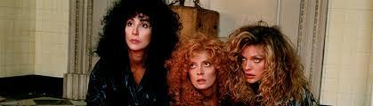 Les trois héroïnes des Sorcières d'Eastwick, un film à regarder durant le confinement.